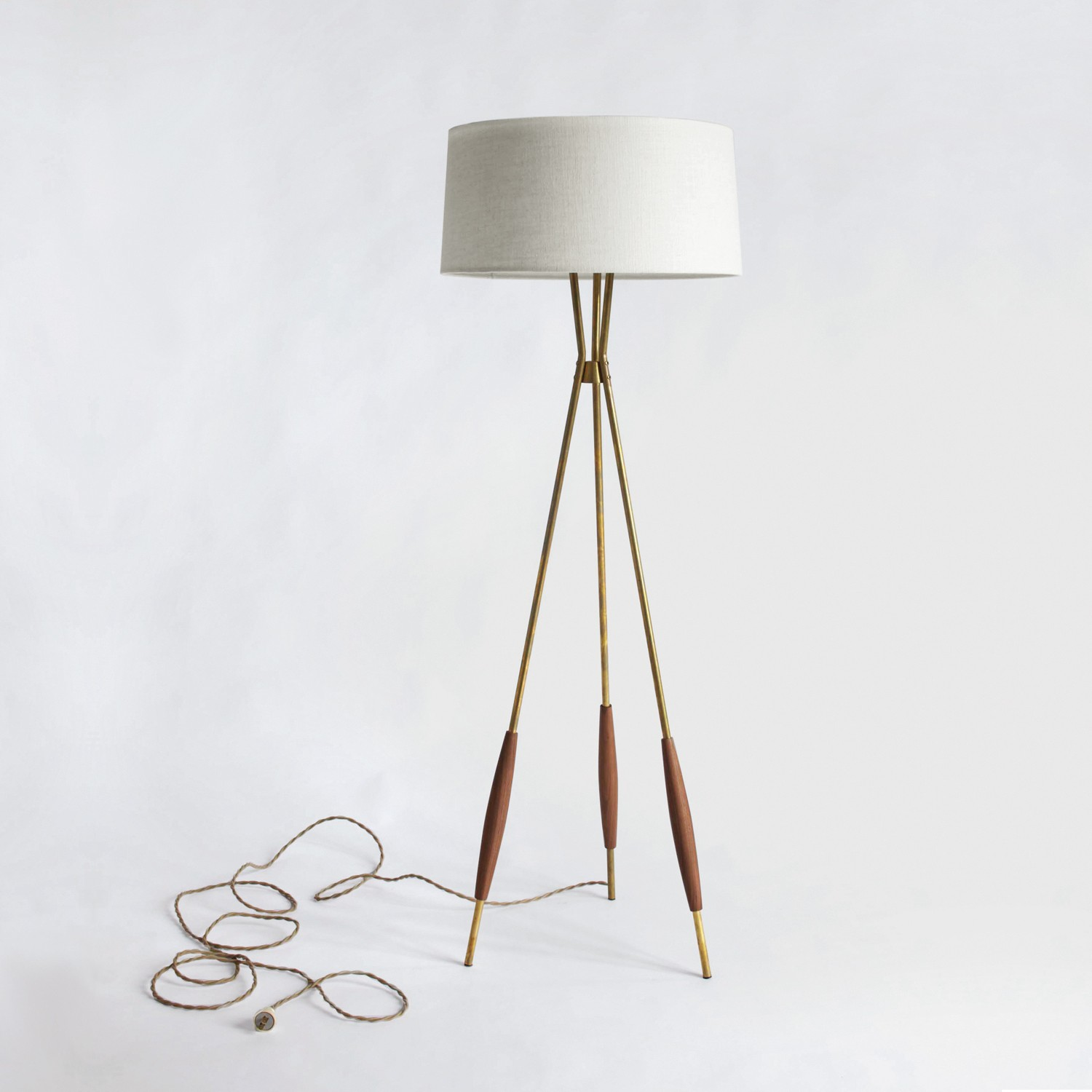 Adjustable Arm Floor Lamp | Tripod Lamp | Tripod Wooden Floor Lamp
