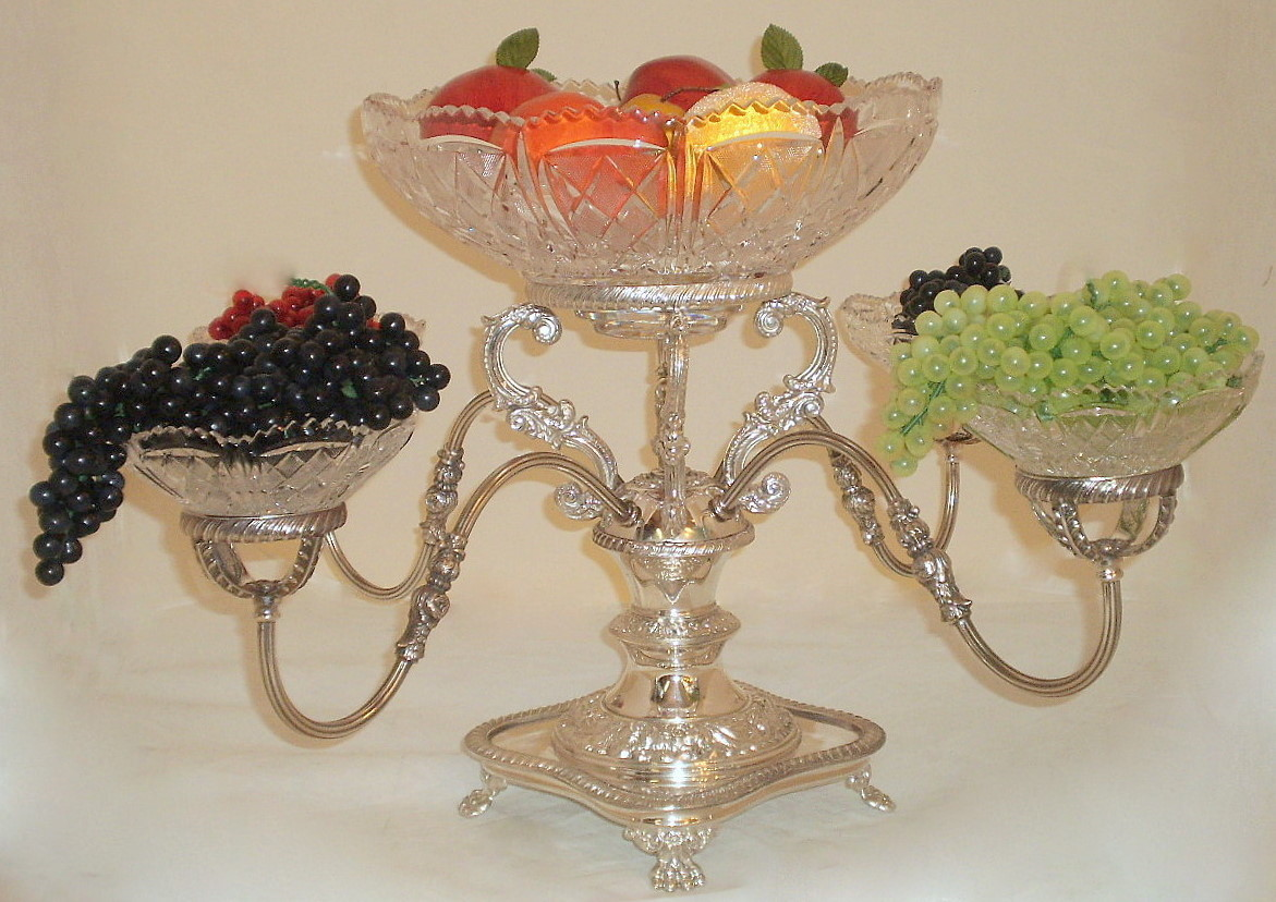 Using Antique Epergne for Dining Table Accessories Ideas: Attractive Victorian Epergne | Interesting Epergne
