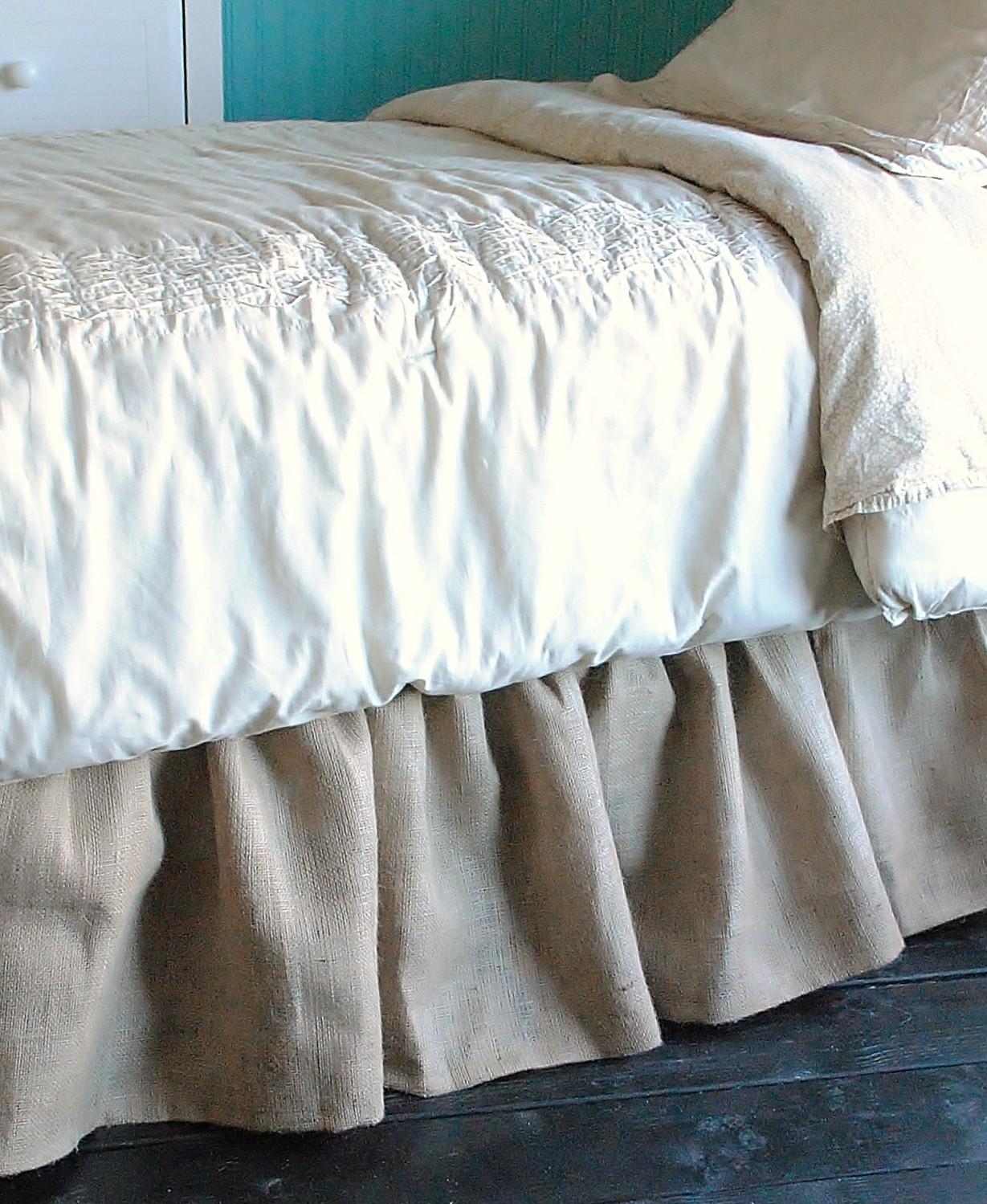 Bed Skirts Queen | Stein Mart Skirts | 16 Inch Drop Bedskirt