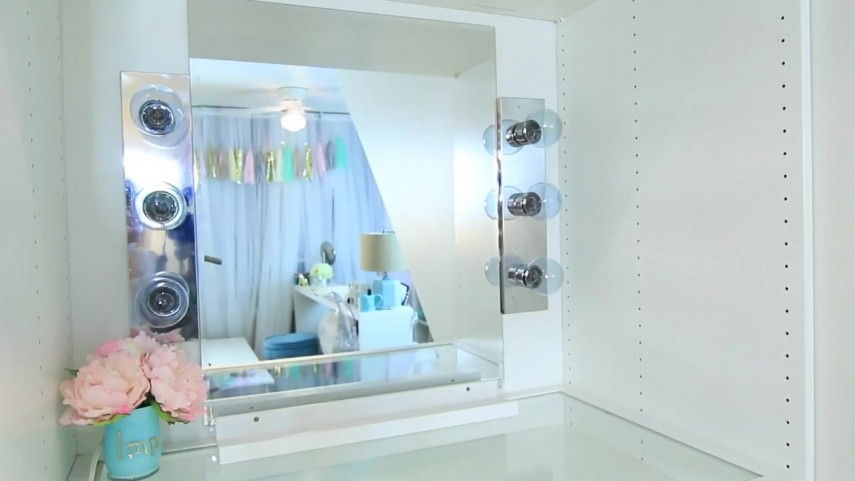 Best Lighted Makeup Mirror Reviews | Makeup Vanity With Lights | Best Lighted Makeup Mirror
