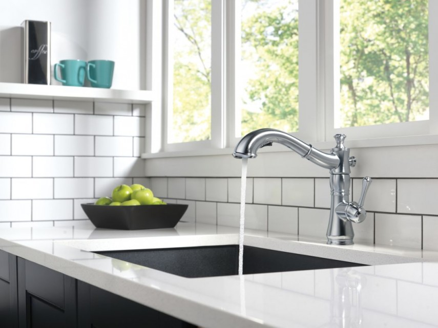Black Kitchen Faucet With Sprayer | Dryden Faucet | Delta Cassidy Faucet