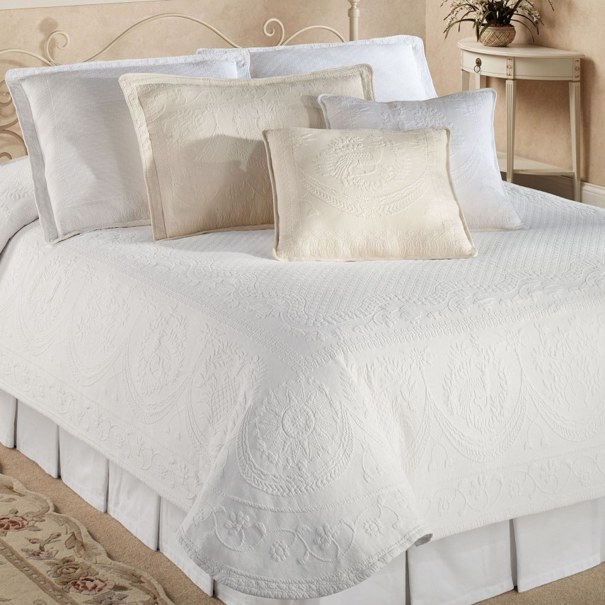 Cotton Quilts And Coverlets | Matelasse Bedspreads | Luxury Quilts