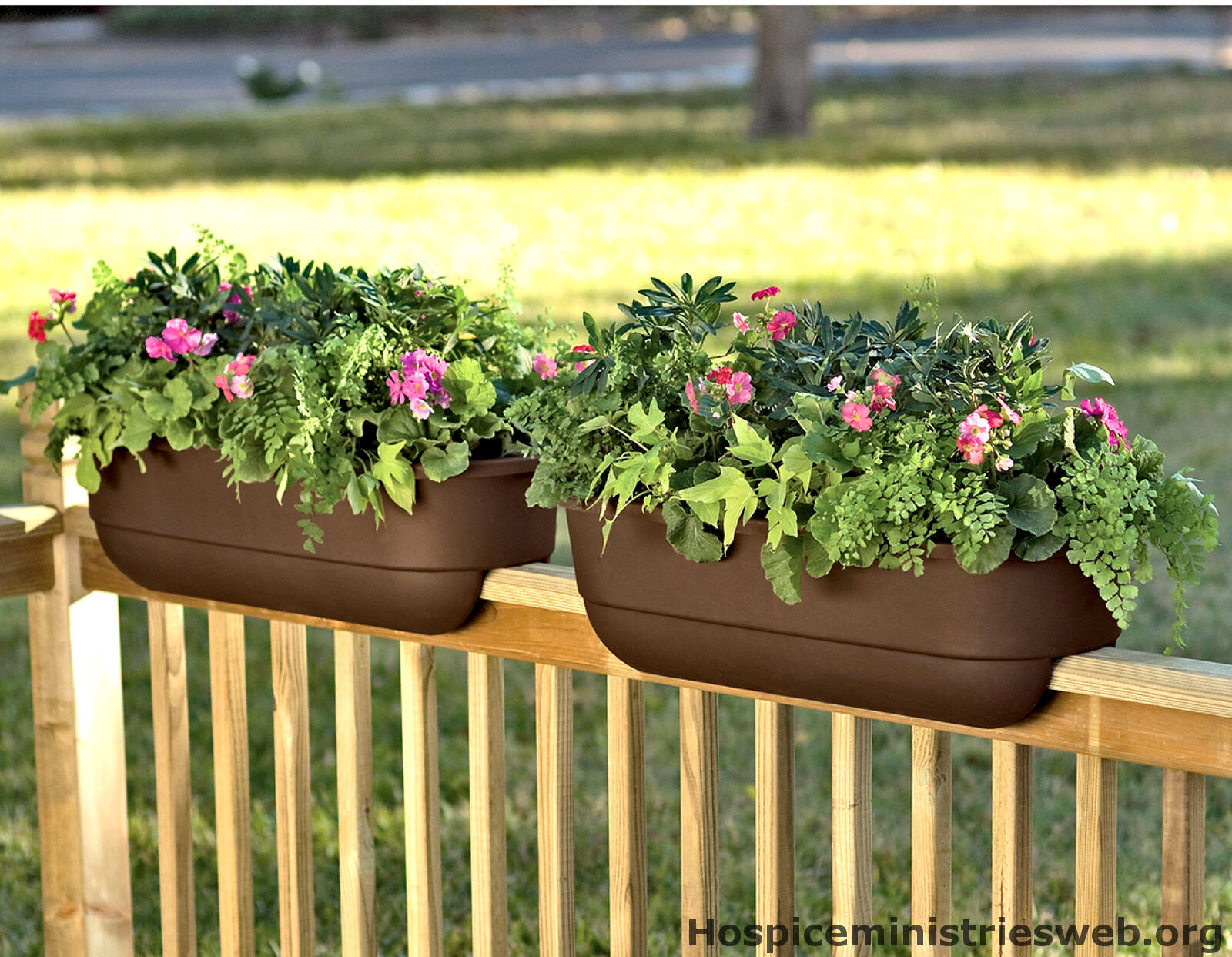 Deck Rail Planters | Flower Box Brackets for Vinyl Railing | Deck Planter Boxes Plans