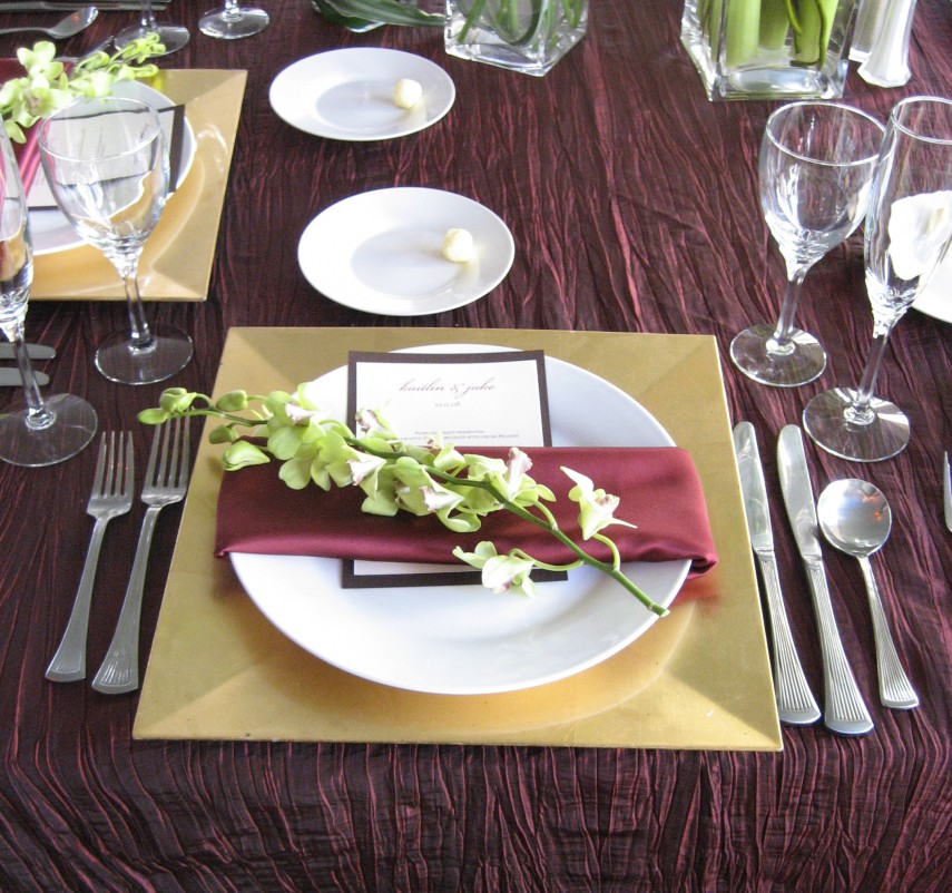 Dinner Plate Chargers | Plate Chargers | Burlap Charger Plates