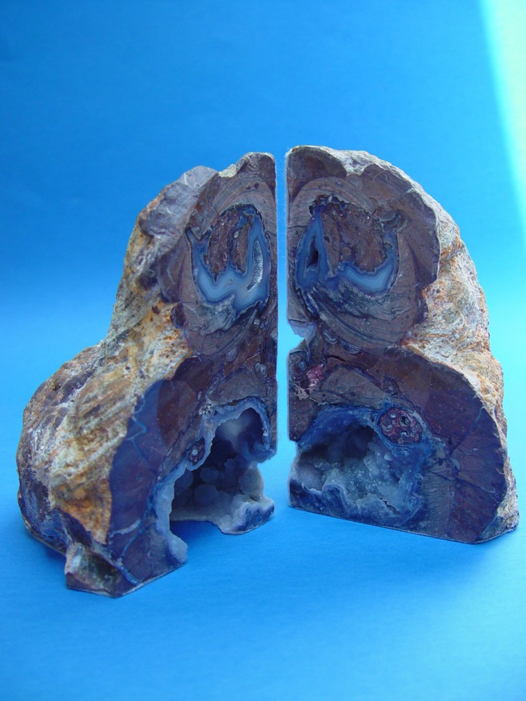 Gorgeous Agate Geode Bookends | Cozy Geode Bookends