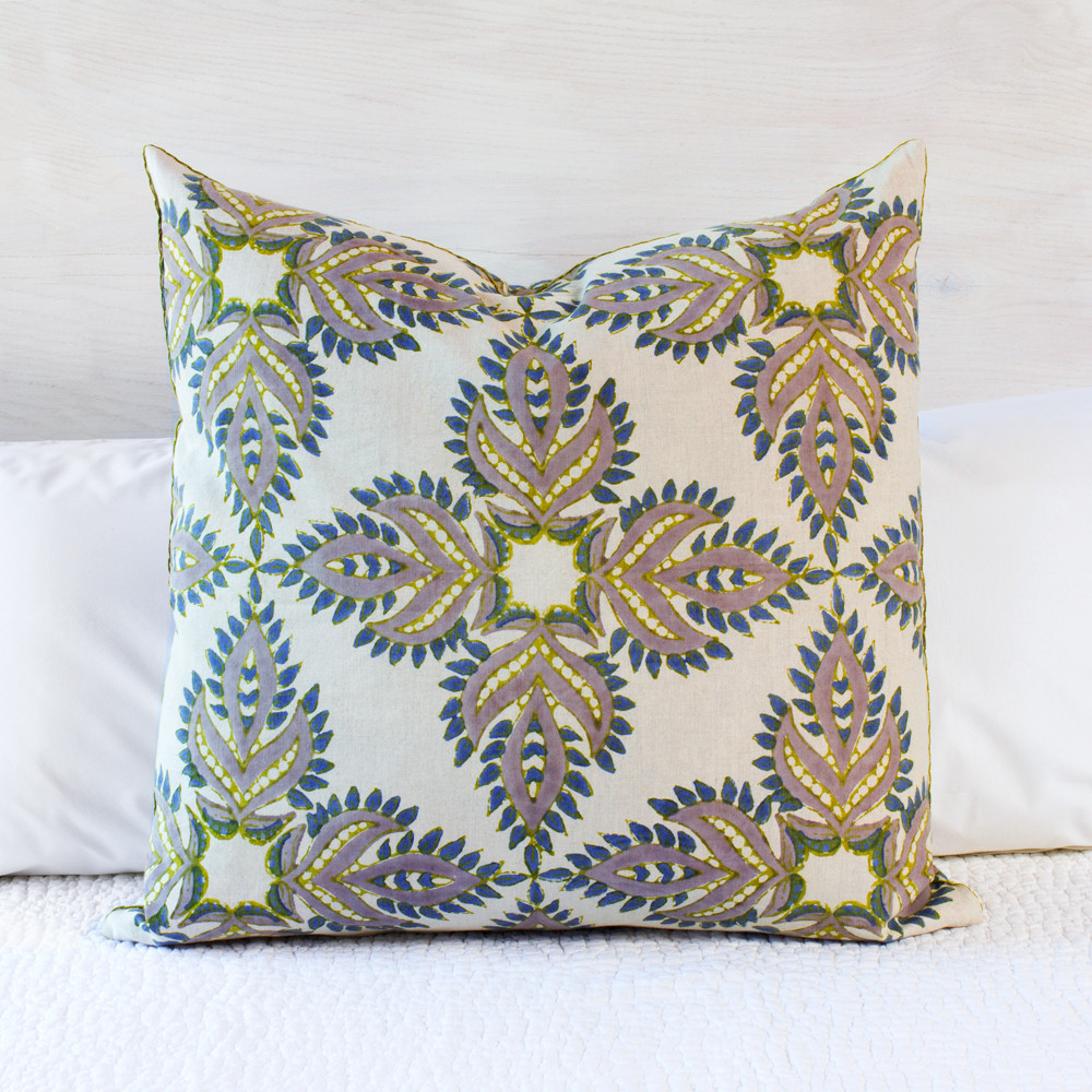 John Robshaw Quilt Sale | John Robshaw Pillows | Textiles Bedding