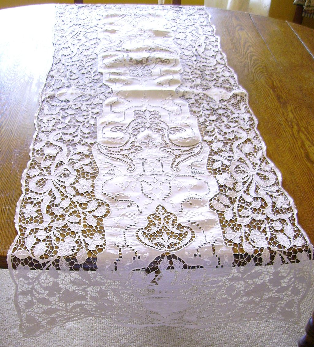 Lace Doily Table Runner | Beaded Table Runners | Lace Table Runners
