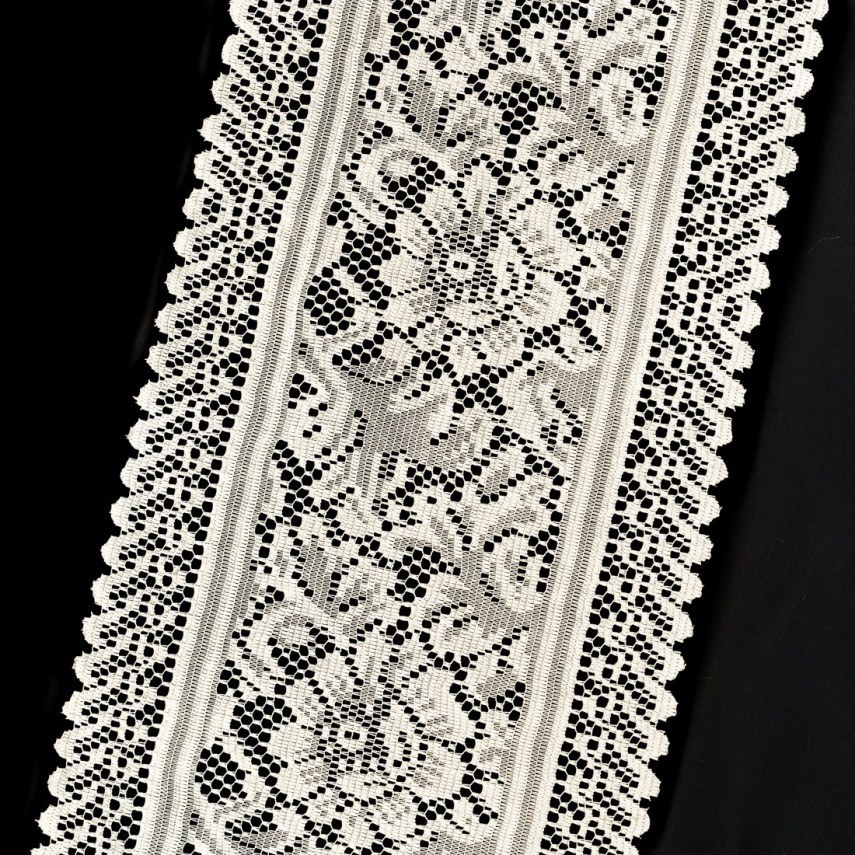 Lace Table Runners | Lace Runners For Tables | Plastic Table Runners