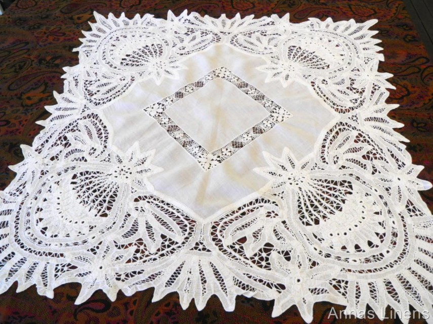 Lace Tablecloth Rental | Lace Tablecloths | Round Vinyl Tablecloths