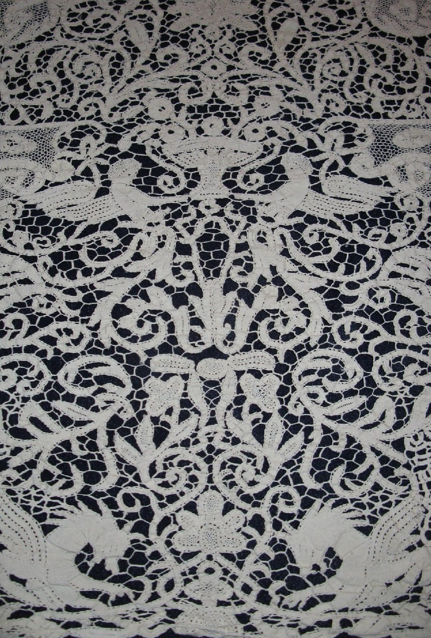 Lace Tablecloths | Lace Round Tablecloth | 96 Round Tablecloth