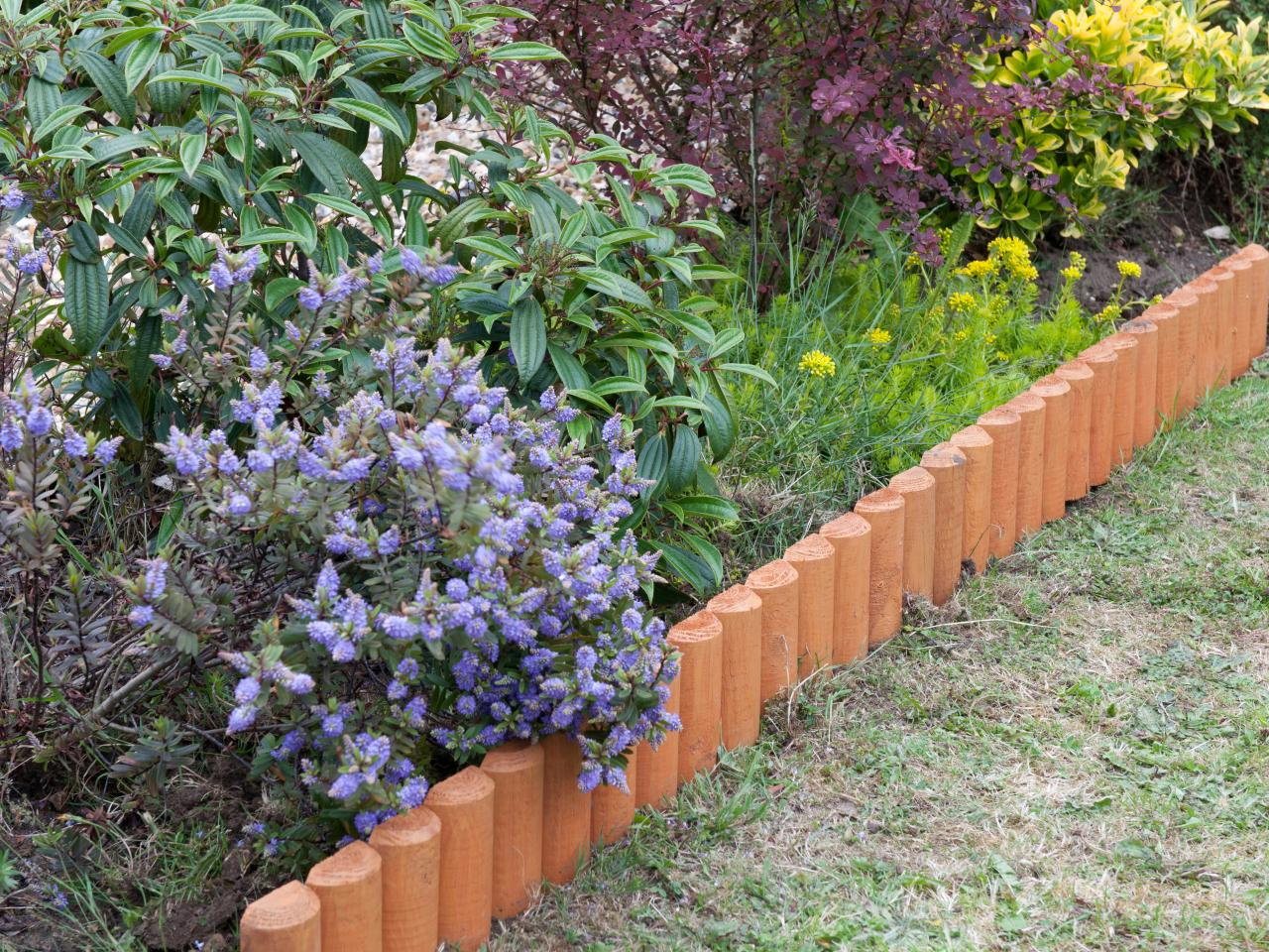 Landscape Edging Ideas | Landscaping Edging Ideas | Flower Bed Edger