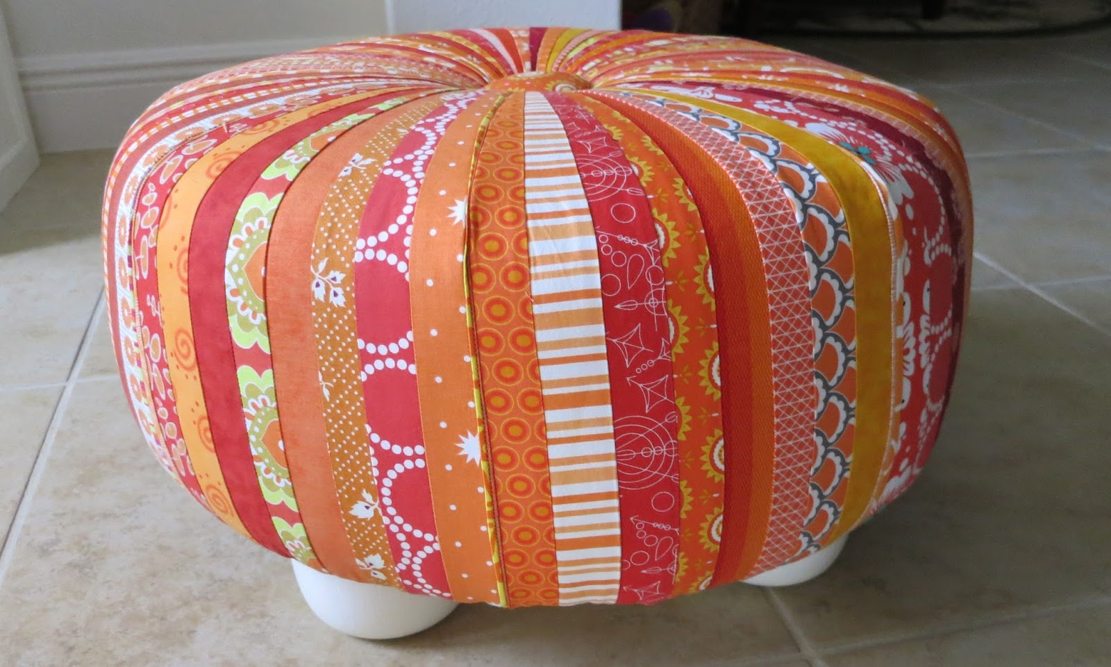 Lovable Tuffet | Enticing Furniture Pouffe