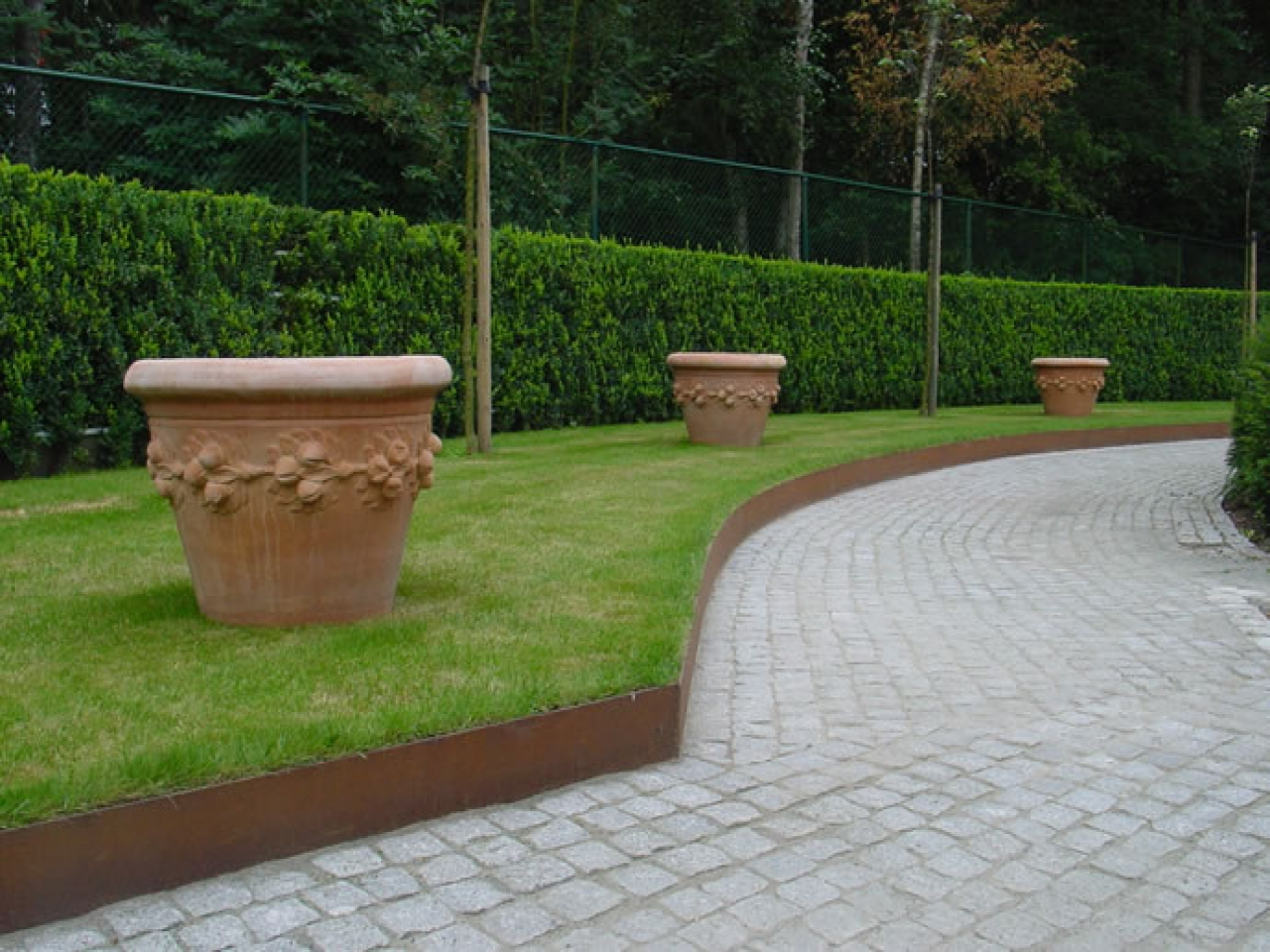 Lowes Landscaping Timbers | Landscaping Bricks at Lowes | Metal Landscape Edging