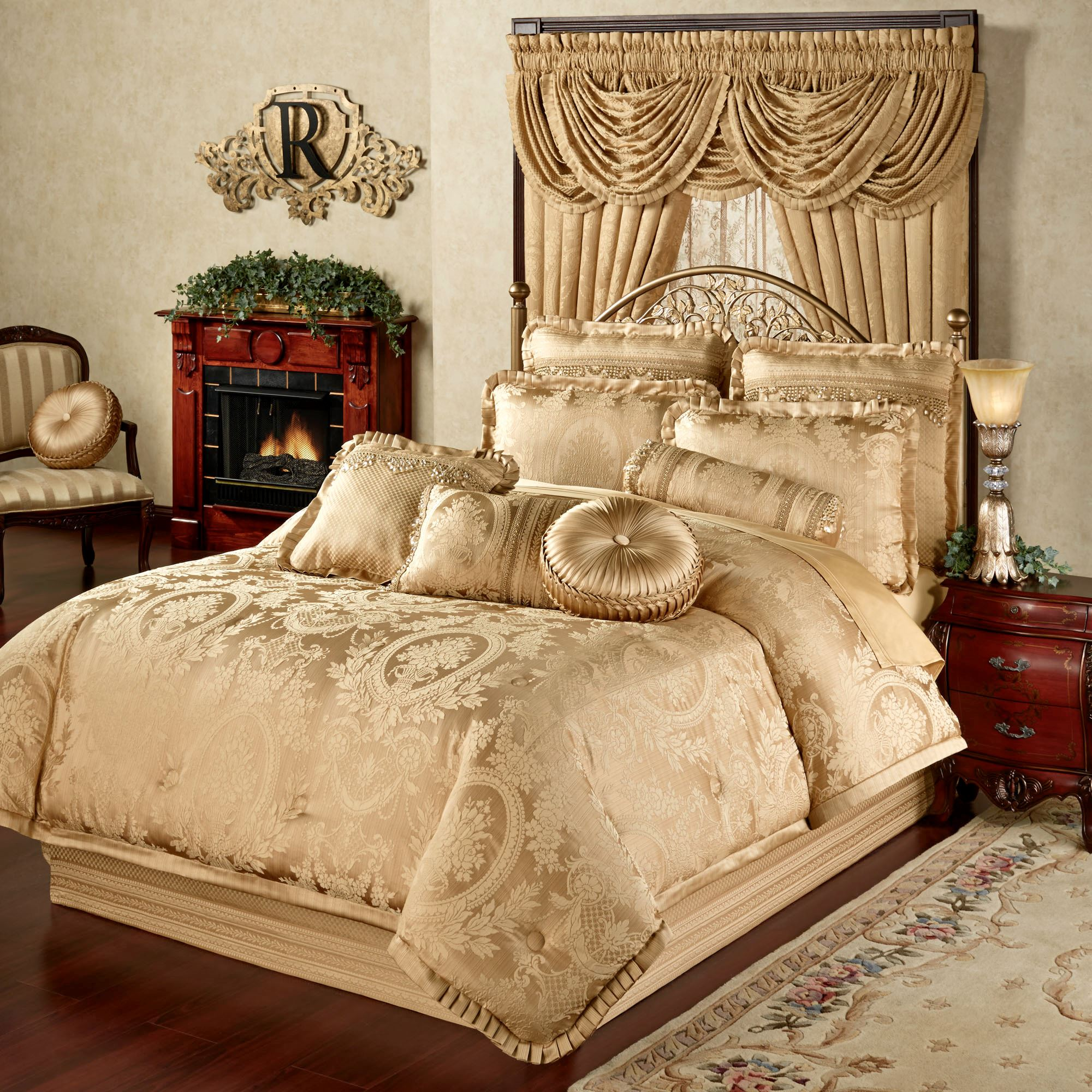 Luxury Comforter Sets | Belk Comforters | Bed Bath and Beyond Comforter
