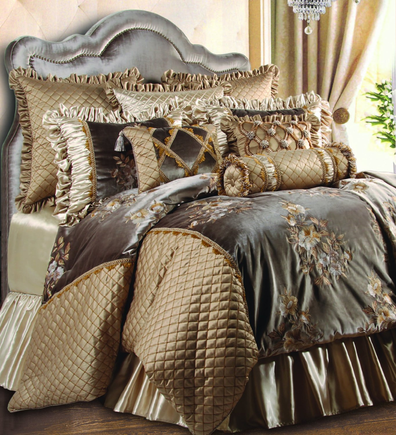 Luxury Comforter Sets | Pintuck Comforter | Gucci Bed Sheets