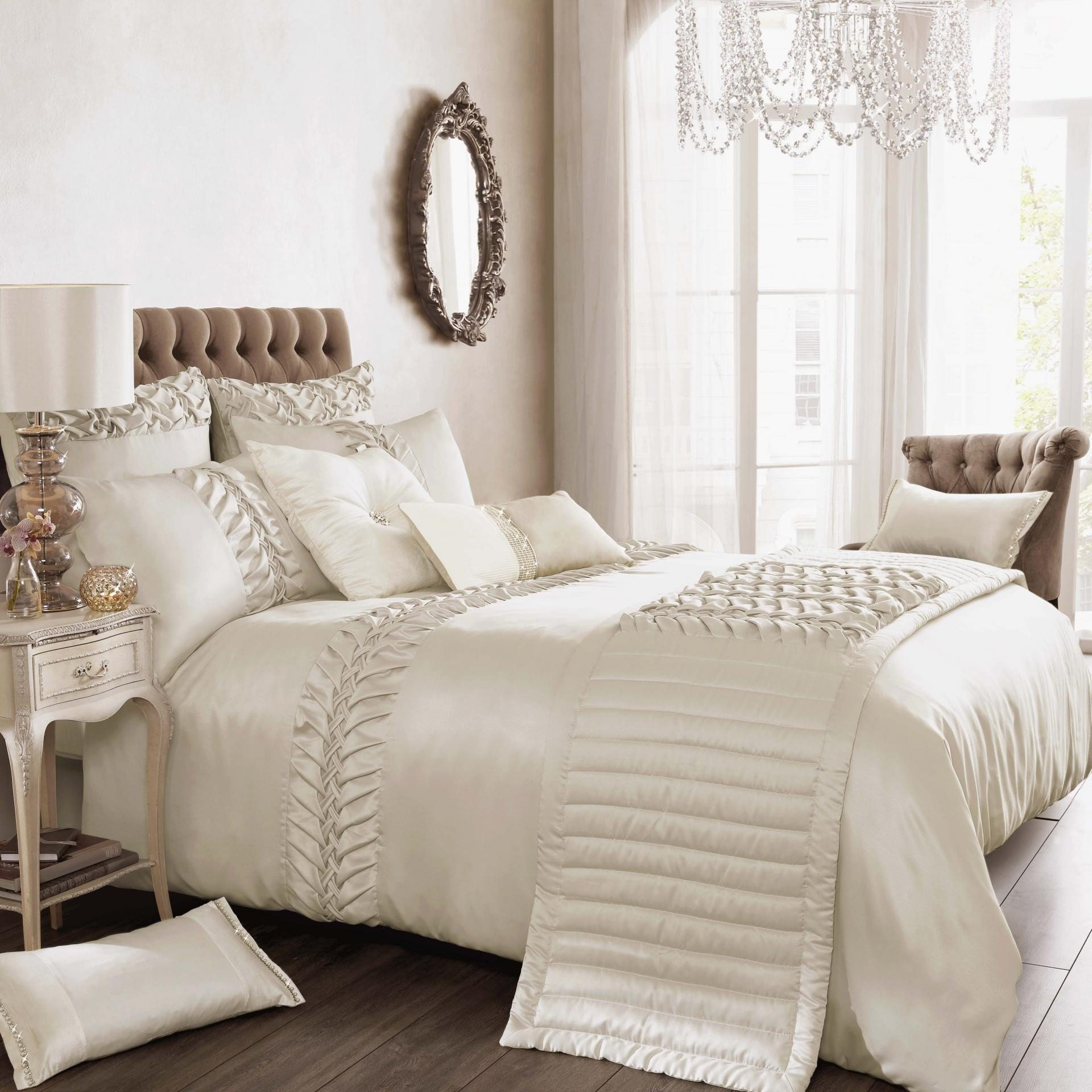 Luxury Hotel Comforter Sets | High End Luxury Comforter Sets | Luxury Comforter Sets
