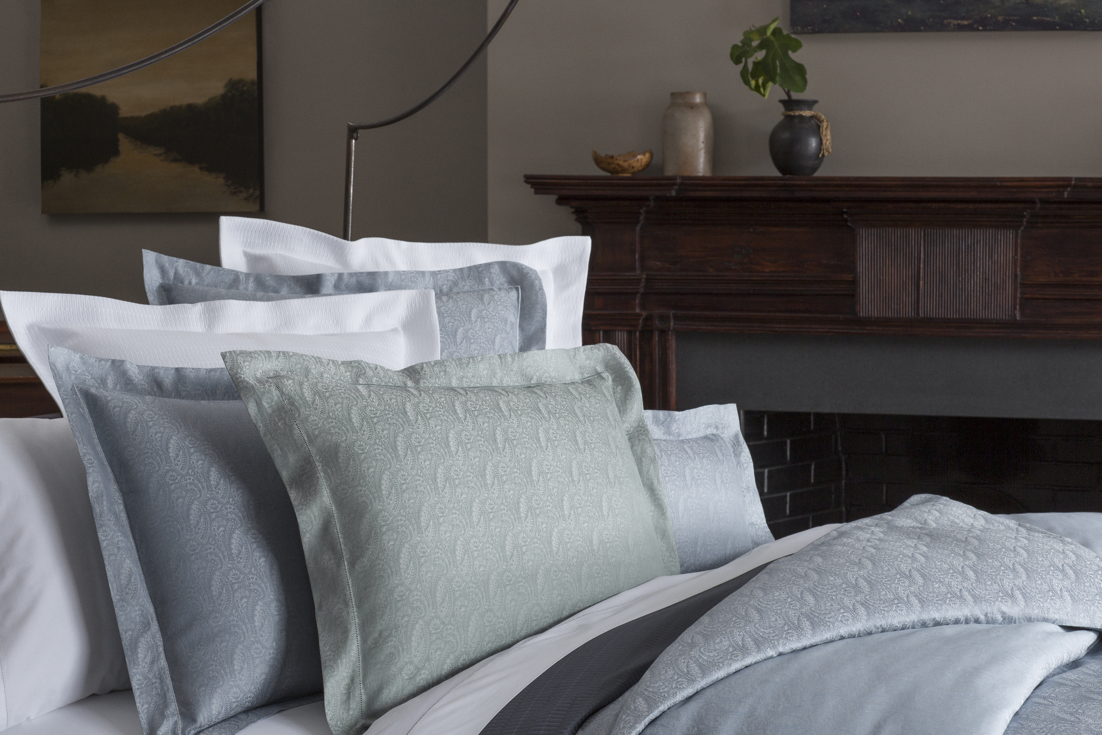 Luxury Percale Bedding | Discount Duvet Covers King | Sferra Bedding