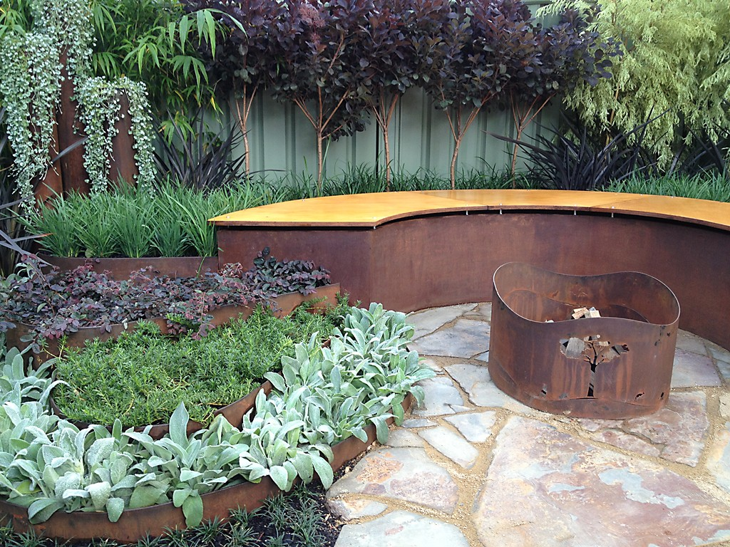 Metal Landscape Edging | Terrace Board Edging | Synthetic Landscape Timbers
