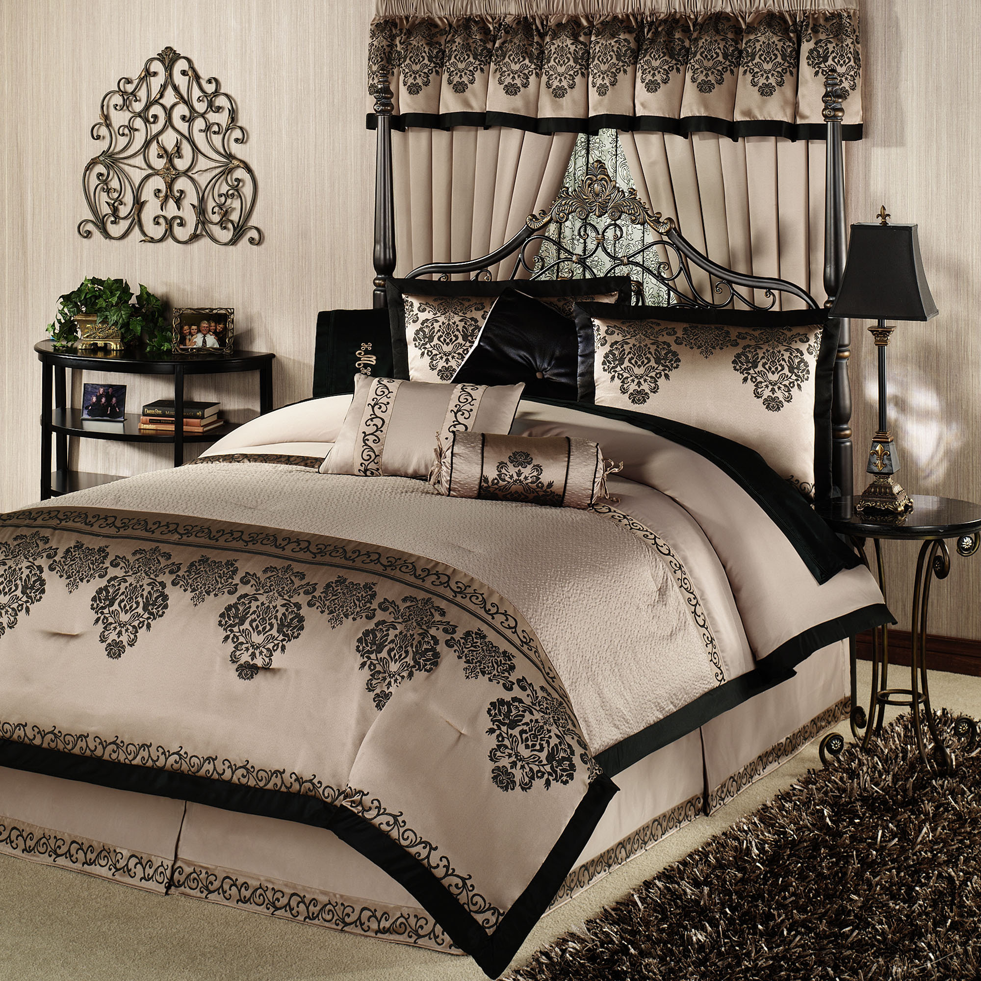 Bedroom michael amini bedding king luxury comforter for King bed decoration