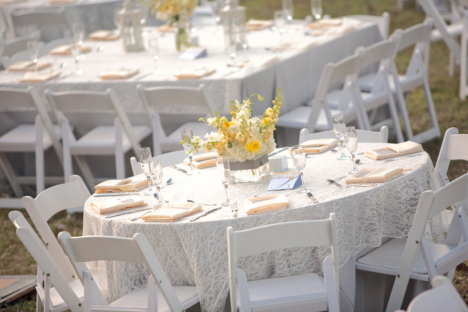 Outdoor Round Tablecloth | Lace Tablecloths | Beautiful Tablecloths