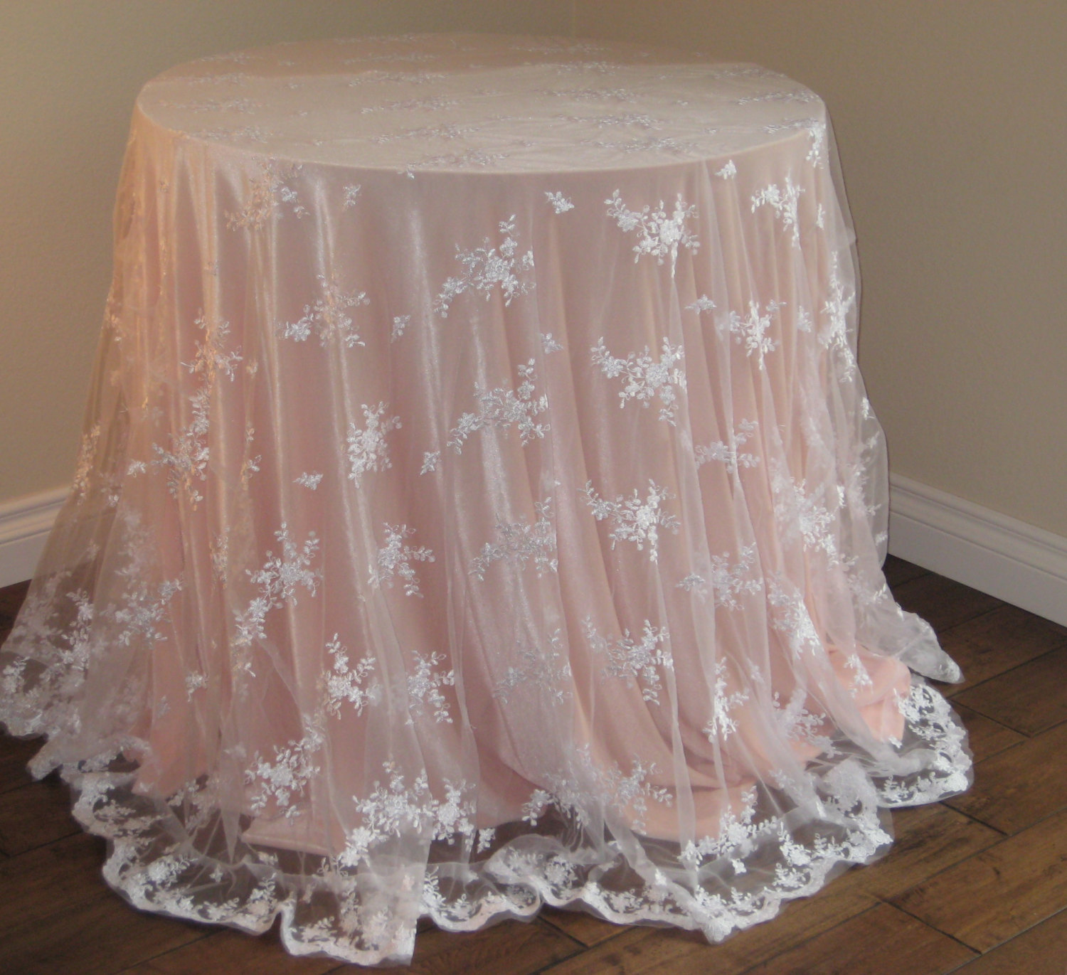 Oval Table Cloths | Lace Tablecloths | Oversized Tablecloths