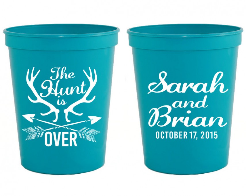 Personalized Plastic Cups | Cheap Disposable Glasses | Wedding Stadium Cups