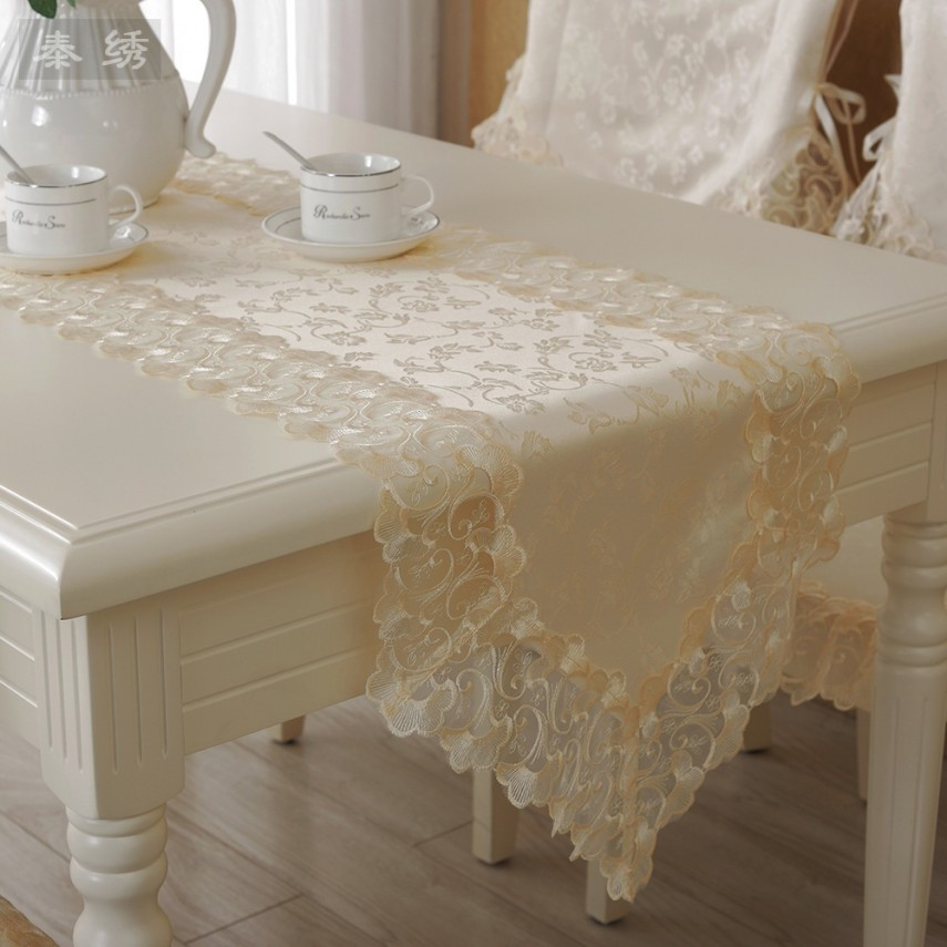 Plastic Table Runners | 90 Inch Table Runner | Lace Table Runners