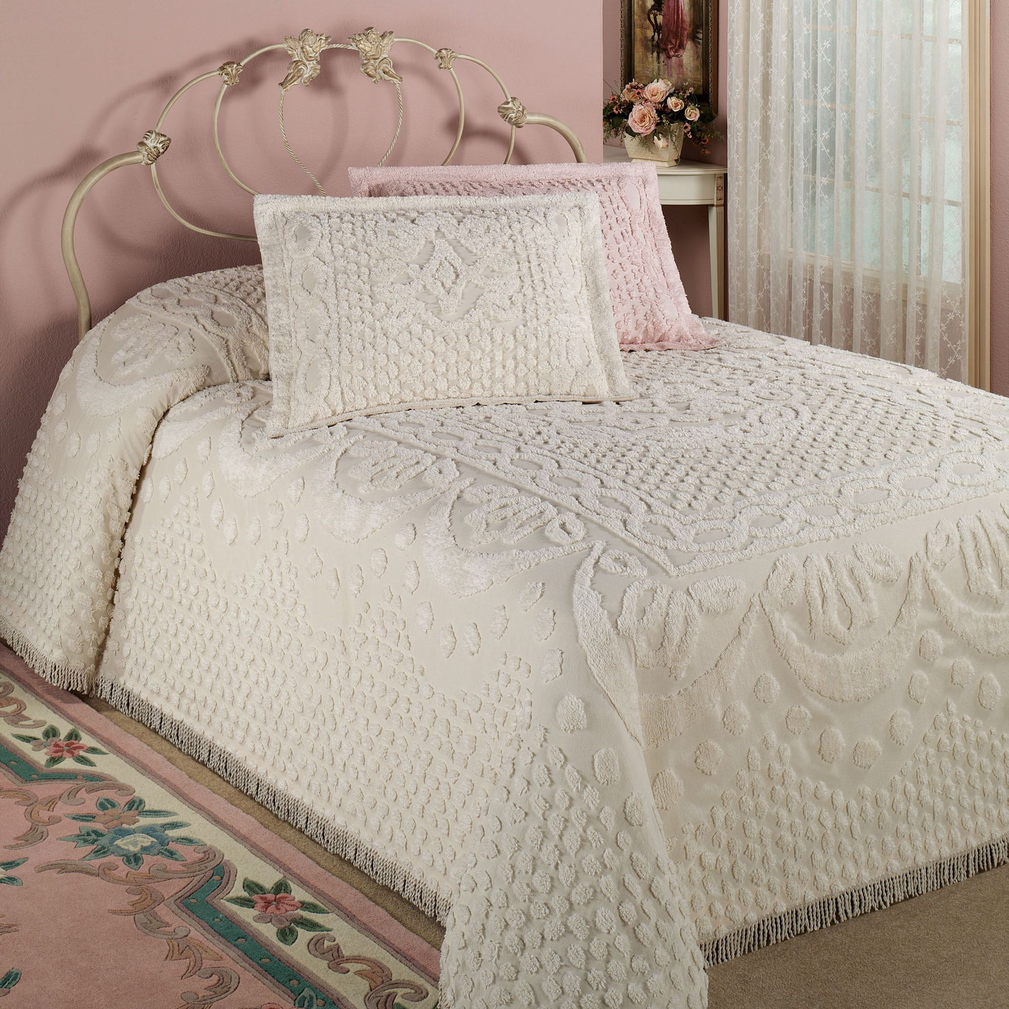 Queen Bedspreads | Bed Coverlets | Bed Bath and Beyond Comforter Sets