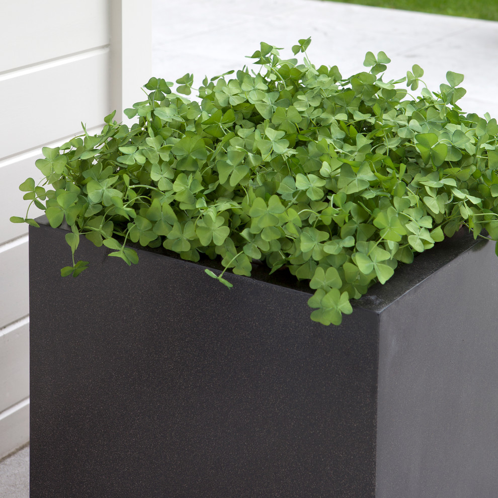 Resin Planter Boxes | Modern Outdoor Planters Wholesale | Fiberglass Planters