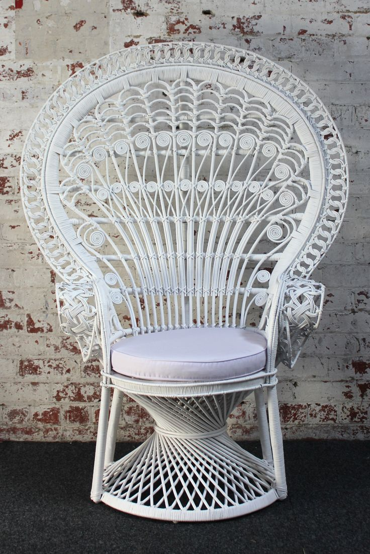 Marvelous Terrific Peacock Chair Wegner | Marvellous Peacock Chair Amazing Ideas