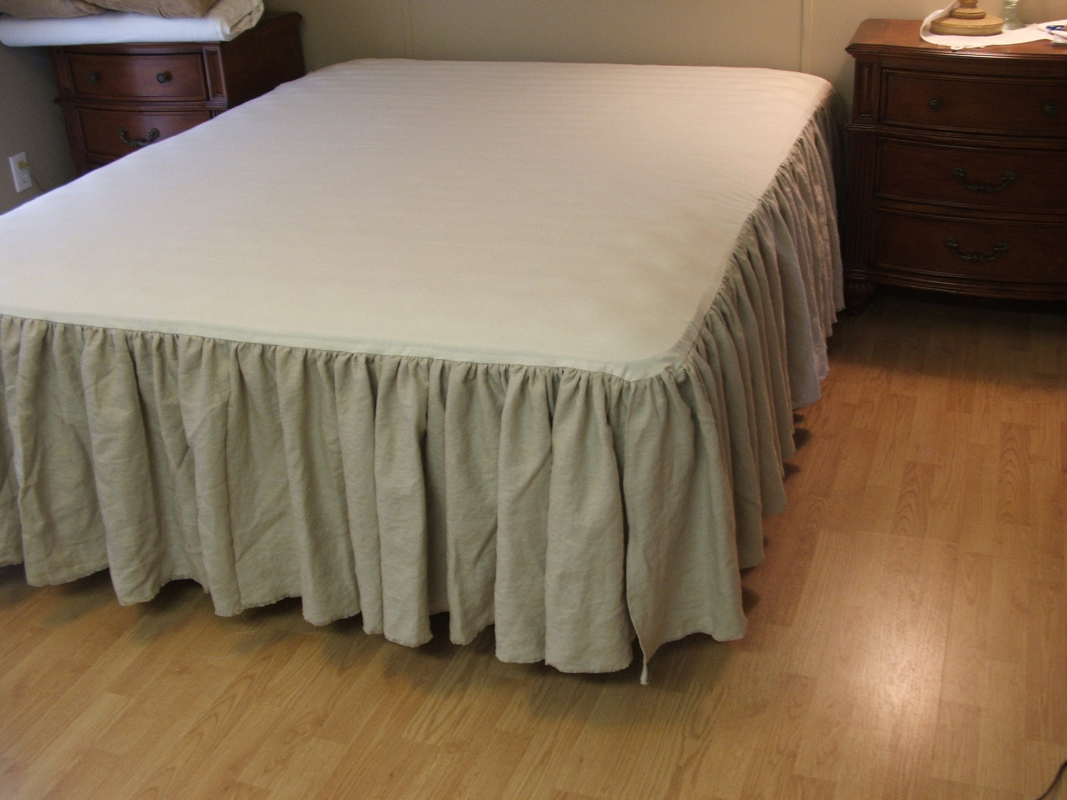 Twin Bedskirt | Bed Skirts Queen | Custom Bed Skirts Queen