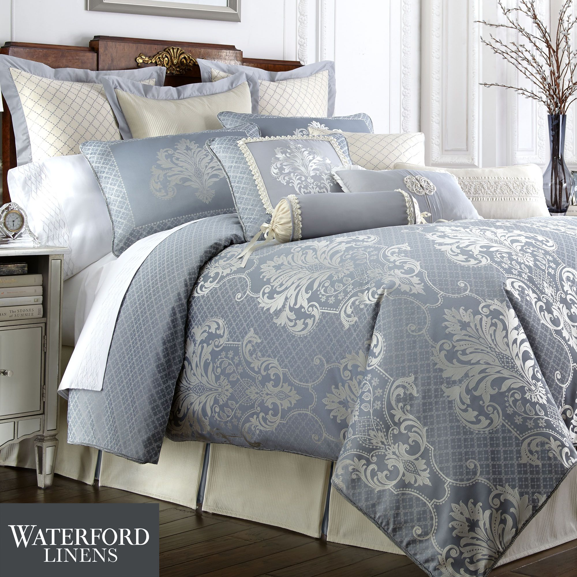 Bedroom: Using Luxury Comforter Sets For Wonderful Bedroom