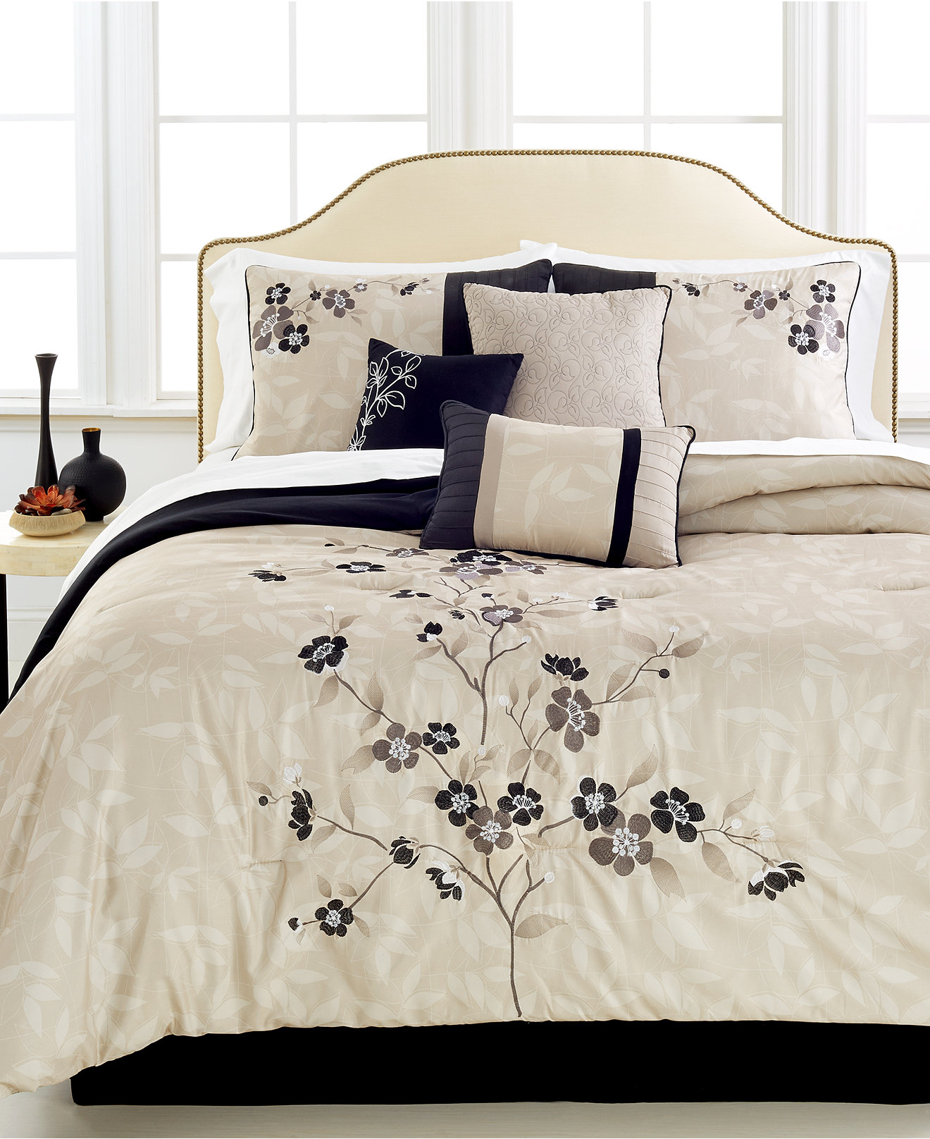 California King Bed Sets Walmart Waverly Dressed Up Damask Scalloped Quilt Set Walmart Com