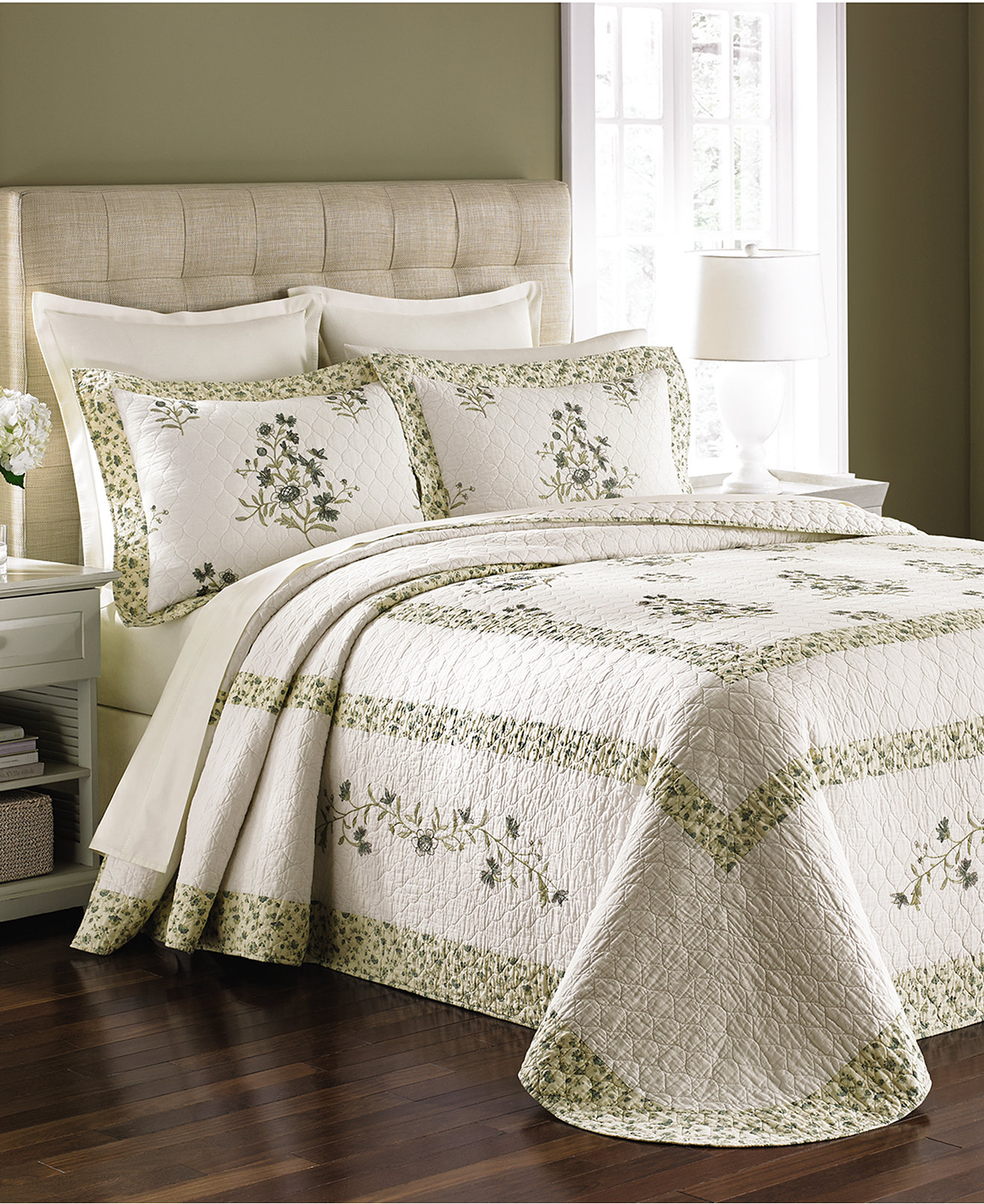 Wayfair Comforter Sets | Queen Bedspreads | Fitted Queen Bedspread