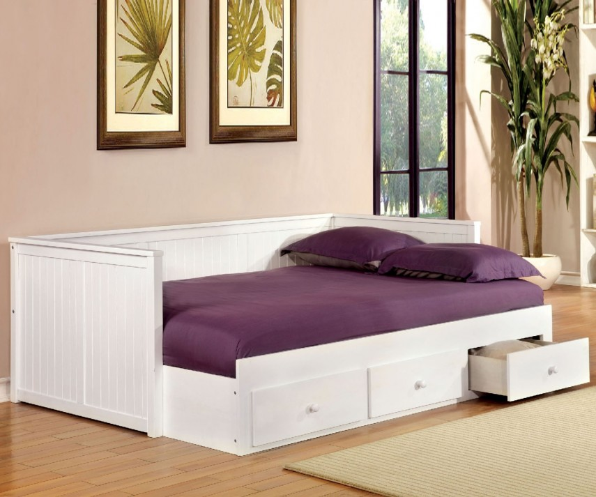 White Full Size Daybed   Modern Day Bed   Full Daybed