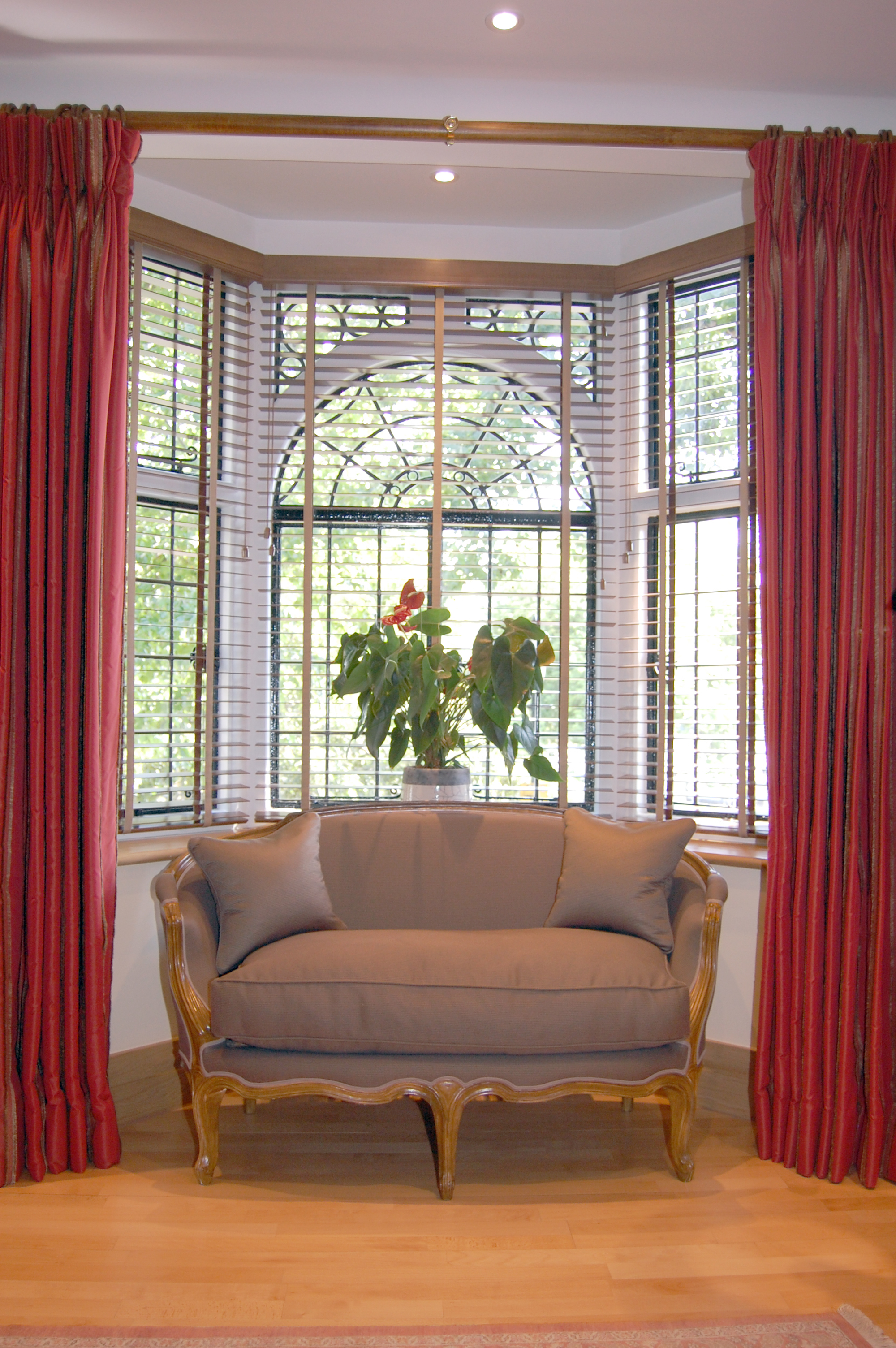 Window Drapes | Window Curtains and Drapes Ideas | Colorful Curtains